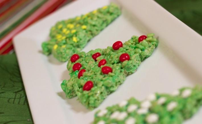 Χριστουγεννιάτικα δέντρα από νιφάδες ρυζιού Κατασκευή χειροτεχνία και σνακ