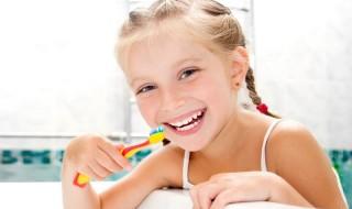 Δόντια πάντα γερά, για αστραφτερό παιδικό χαμόγελο
