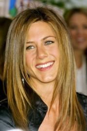 Αν το πρόσωπό σας είναι οβάλ...... σαν της Jennifer Aniston