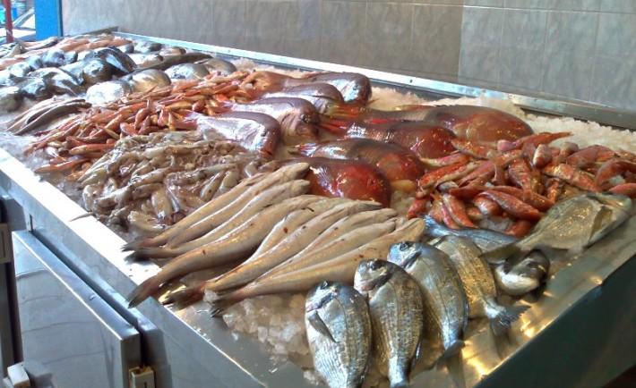 Πώς να αγοράζετε και να καταναλώνετε ψάρια Φρέσκα και νόστιμα