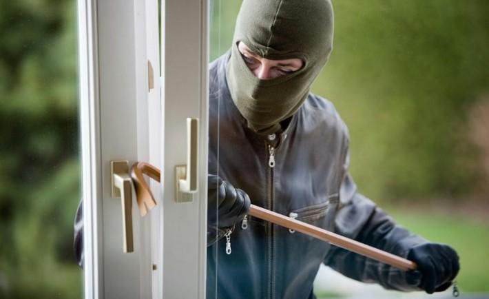 Κλειδώνω, μανταλώνω... Κλέφτες προστασία αντικλεπτικά Συστήματα ασφαλείας