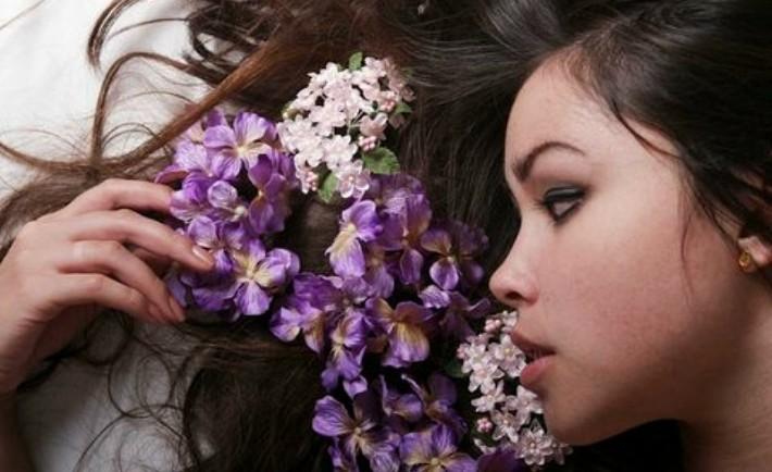 Βότανα για τη φροντίδα των μαλλιών
