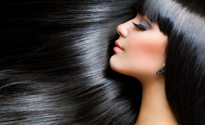 Η επιστήμη πίσω από τα μαλλιά με υγιή εμφάνιση