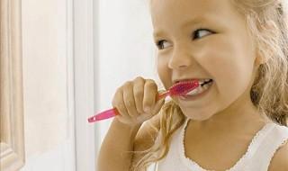 Στοματική υγιεινή: Μάθετε για τη φροντίδα των πρώτων παιδικών δοντιών