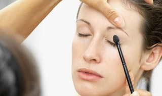 Μακιγιάζ από τα 35 ως τα 50