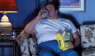 πάχος βάρος και επιπλέον φαγητό από ψυχολογικούς λόγους