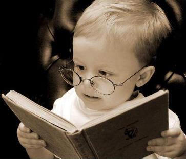 Μαθαίνουν ήδη τα παιδιά σας να διαβάζουν; Πότε μπορούν να ξεκινήσουν το διάβασμα;