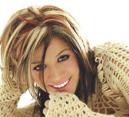 Ποιο χρώμα ταιριάζει στα μαλλιά σου το καλοκαίρι