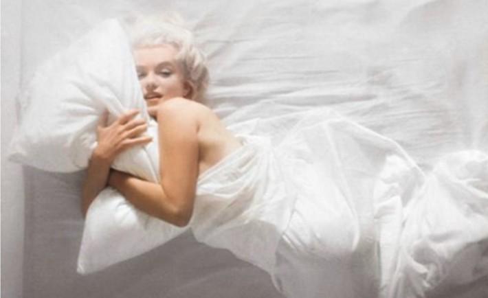 Κοιμηθείτε γυμνοί και βελτιώστε την ποιότητα ζωής σας