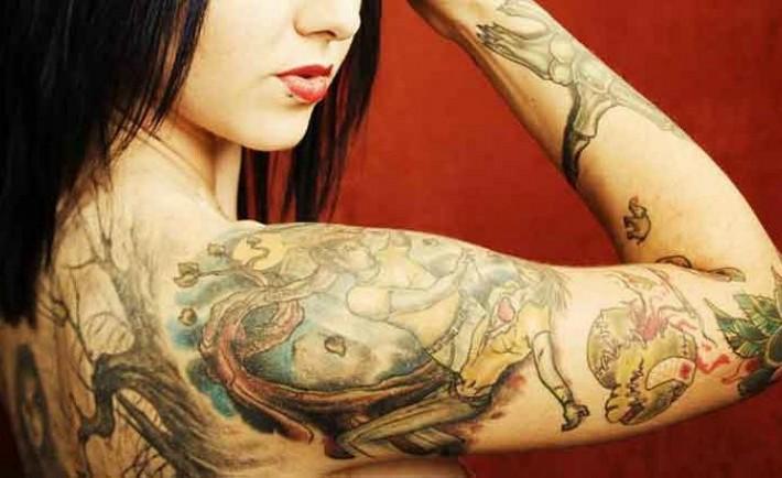 Χρώμα, μέγεθος και κάπνισμα επηρεάζουν την αφαίρεση του τατουάζ