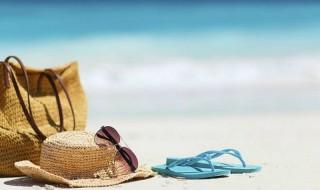 Τι πρέπει να έχει το νεσεσέρ των διακοπών για φέτος; Αντιηλιακά και κρέμες, Online!