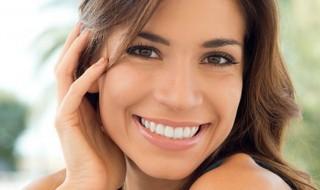 Εμφυτεύματα δοντιών και όψεις ρητίνης: Βελτιώστε την εικόνα των δοντιών σας, εύκολα!