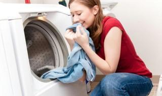 Αφαιρέστε την μυρωδιά από τα καινούρια ρούχα