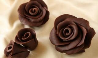 Σοκολατένια τριαντάφυλλα για την γιορτή της Μητέρας