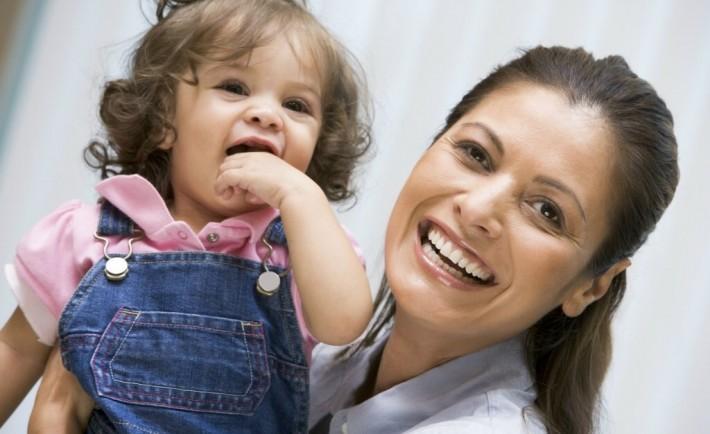 Μονογονεϊκές οικογένειες Μητέρα μόνη Πατέρας μόνος με παιδί