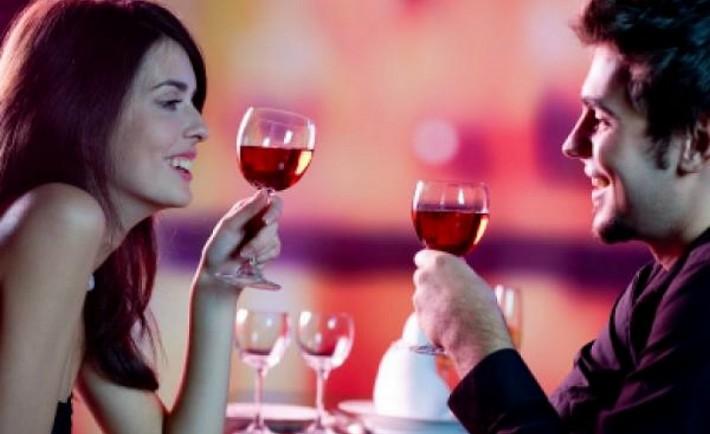 Valentine's Day. 10 ρομαντικοί τρόποι για να το γιορτάσετε. Ημέρα και γιορτή Βαλεντίνου