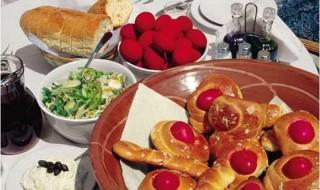 10 συστάσεις για το πασχαλινό τραπέζι