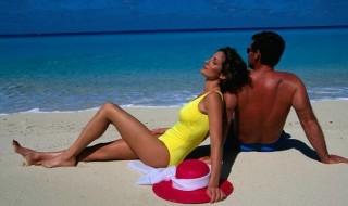 Τι συμβαίνει στο σώμα σας όταν κάθεστε στον ήλιο