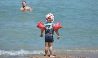 Μάθετε στο παιδί να μη φοβάται την θάλασσα