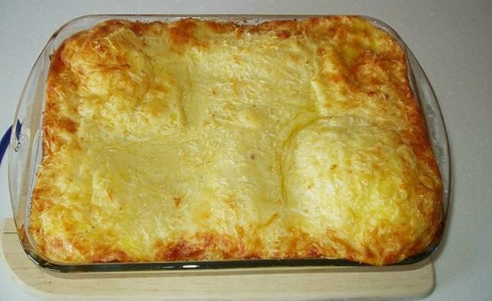 Σουφλέ τυριών με ψωμί του τοστ