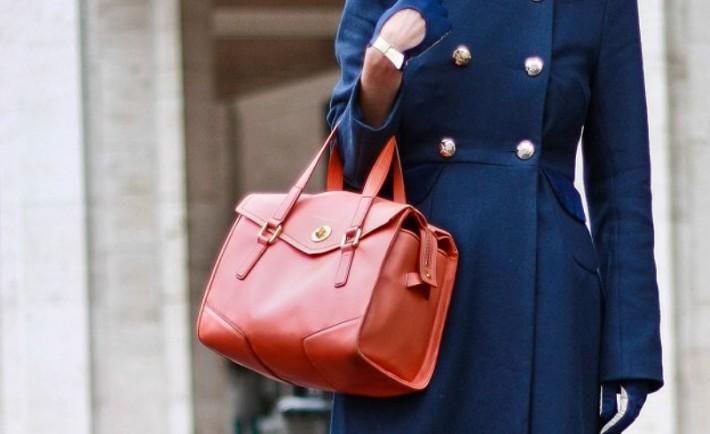 10 τρόποι να κάνετε τα φθηνά ρούχα σας να φαίνονται ακριβά