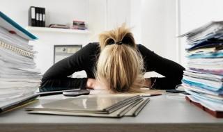 Επτά σημάδια ότι «καήκατε» στη δουλειά