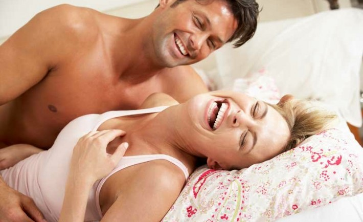 Η πιο πικάντικη συνταγή στο σεξ είναι το γέλιο