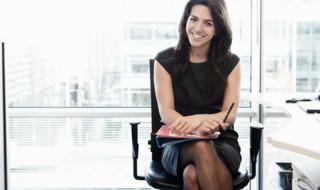 Οι 7 κανόνες για το τέλειο ντύσιμο στη συνέντευξη για δουλειά