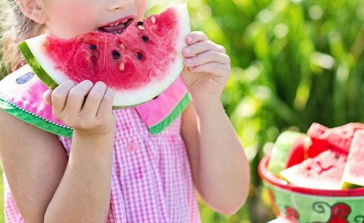 Τι να φάτε και τι να αποφύγετε τις ημέρες του καύσωνα