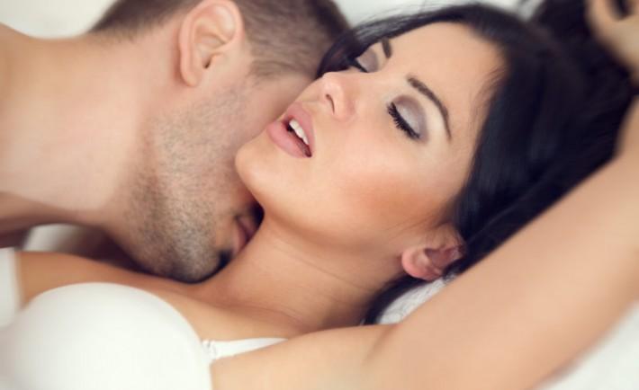 Πώς να διατηρήσετε το πάθος στη σχέση σας, σε κάθε δεκαετία της ζωή σας