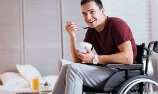 Υπάρχουν ιδιαίτερες θρεπτικές ανάγκες για τα άτομα με αναπηρία;