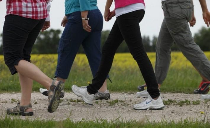 Δέκα πράγματα που θα συμβούν στο σώμα σας αν περπατάτε κάθε μέρα