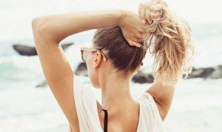 Πώς θα προστατέψεις τα μαλλιά σου από την ξηρότητα και τον ήλιο