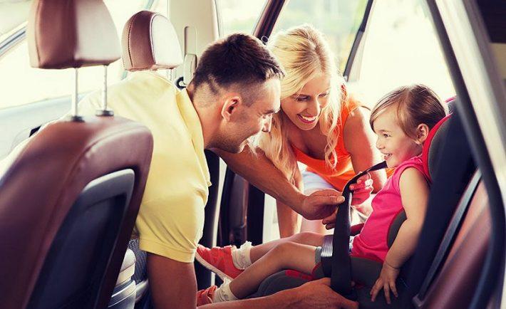 Οι «χρυσοί» κανόνες για τη μετακίνηση των παιδιών με ΙΧ